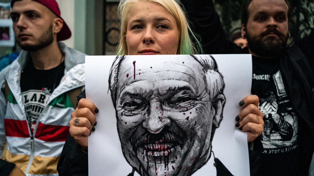 Photo of Belarus confirms protester's death amid violent crackdown on unrest