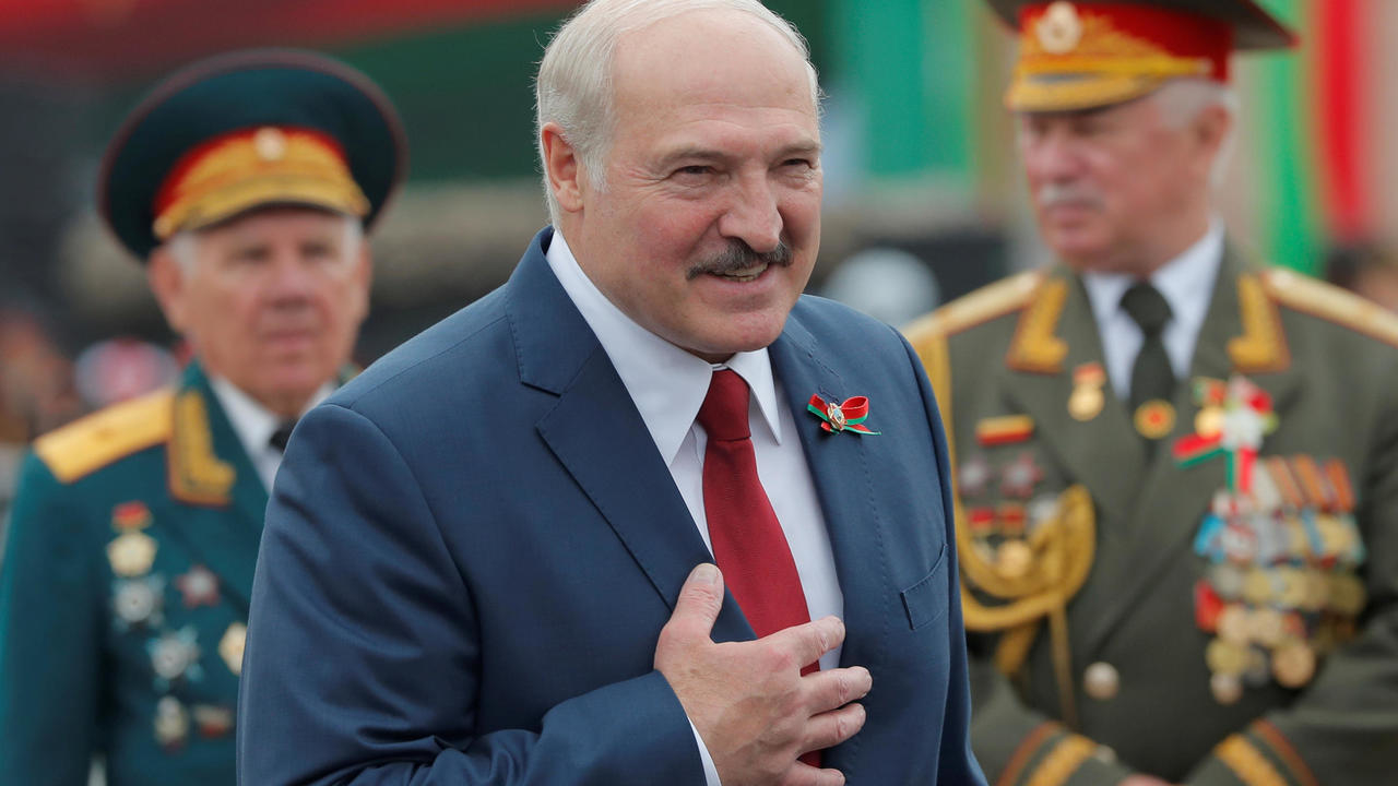 Photo of Belarus president Lukashenko looks set to win re-election, prompting protests