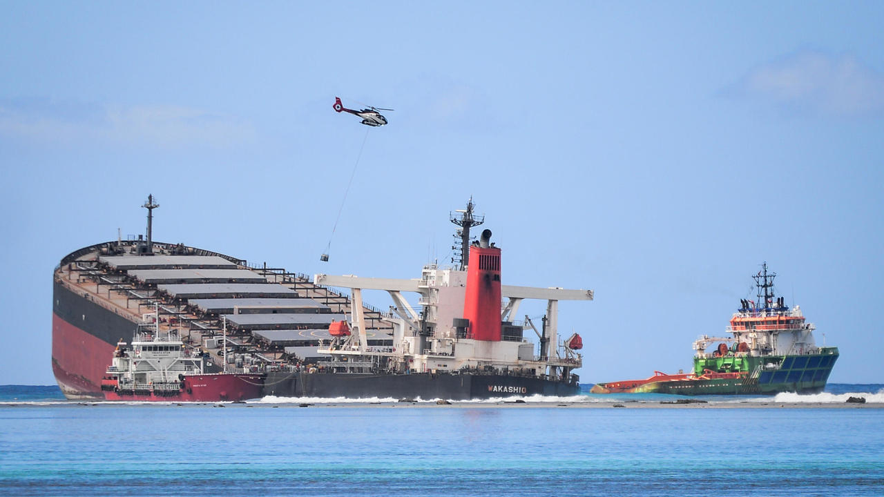 Photo of All fuel removed from leaking cargo ship run aground off Mauritius, PM says