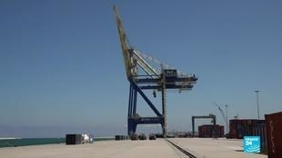 Photo of Lebanons Tripoli port scrambles to fill in for blast-ravaged Beirut