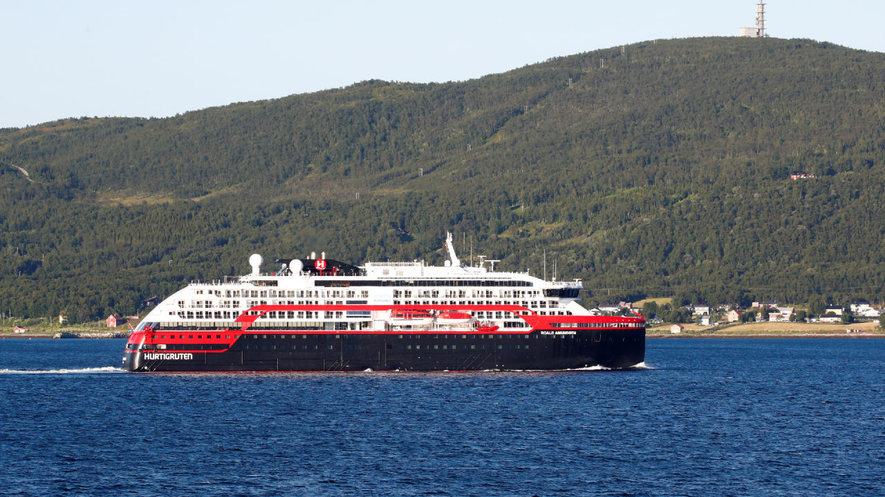 Photo of Norway restricts cruise ship arrivals after Covid-19 outbreak on vessel