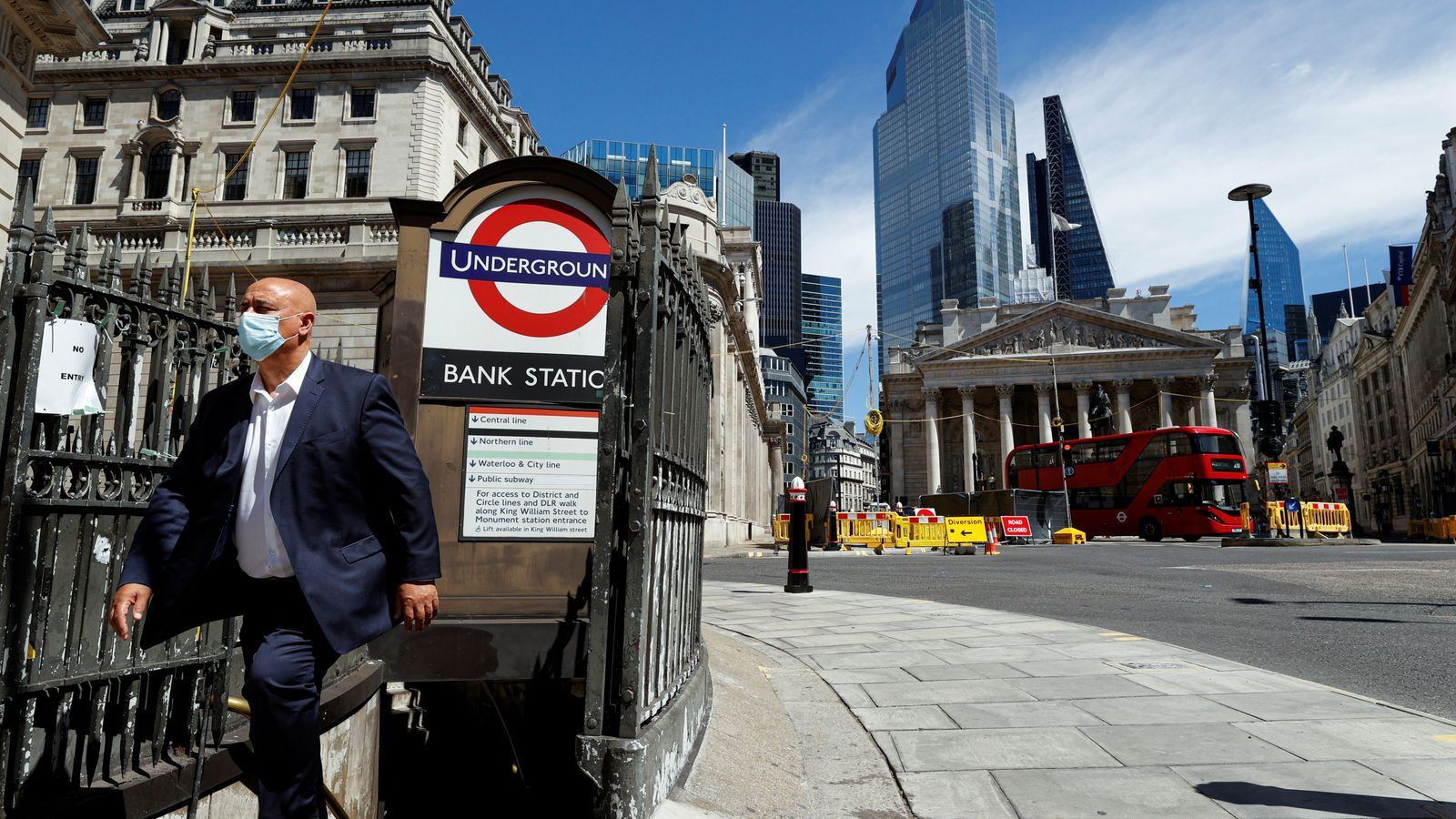 Photo of Bank of England: Economy still set for record slump as rates held