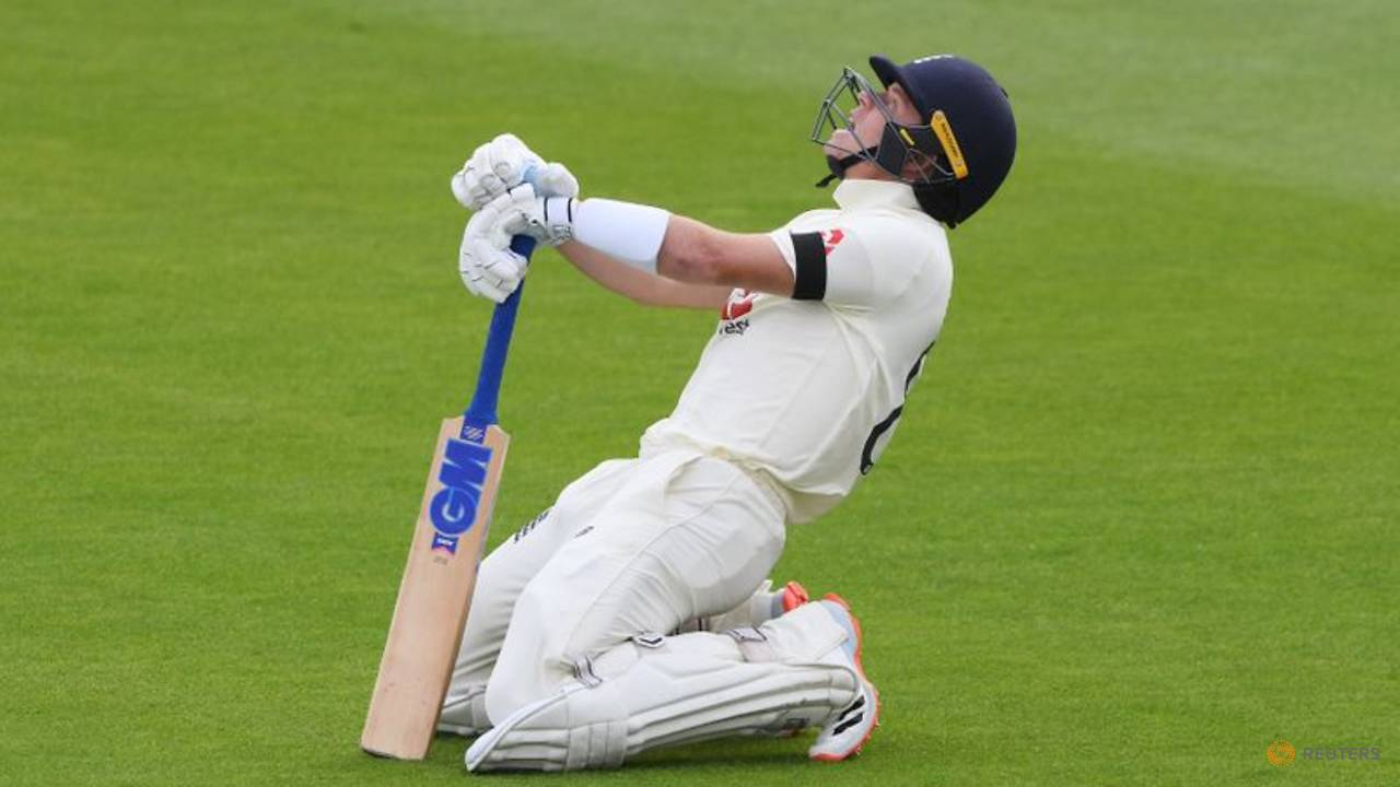 Photo of Cricket: England's Pope ruled out for four months with dislocated shoulder
