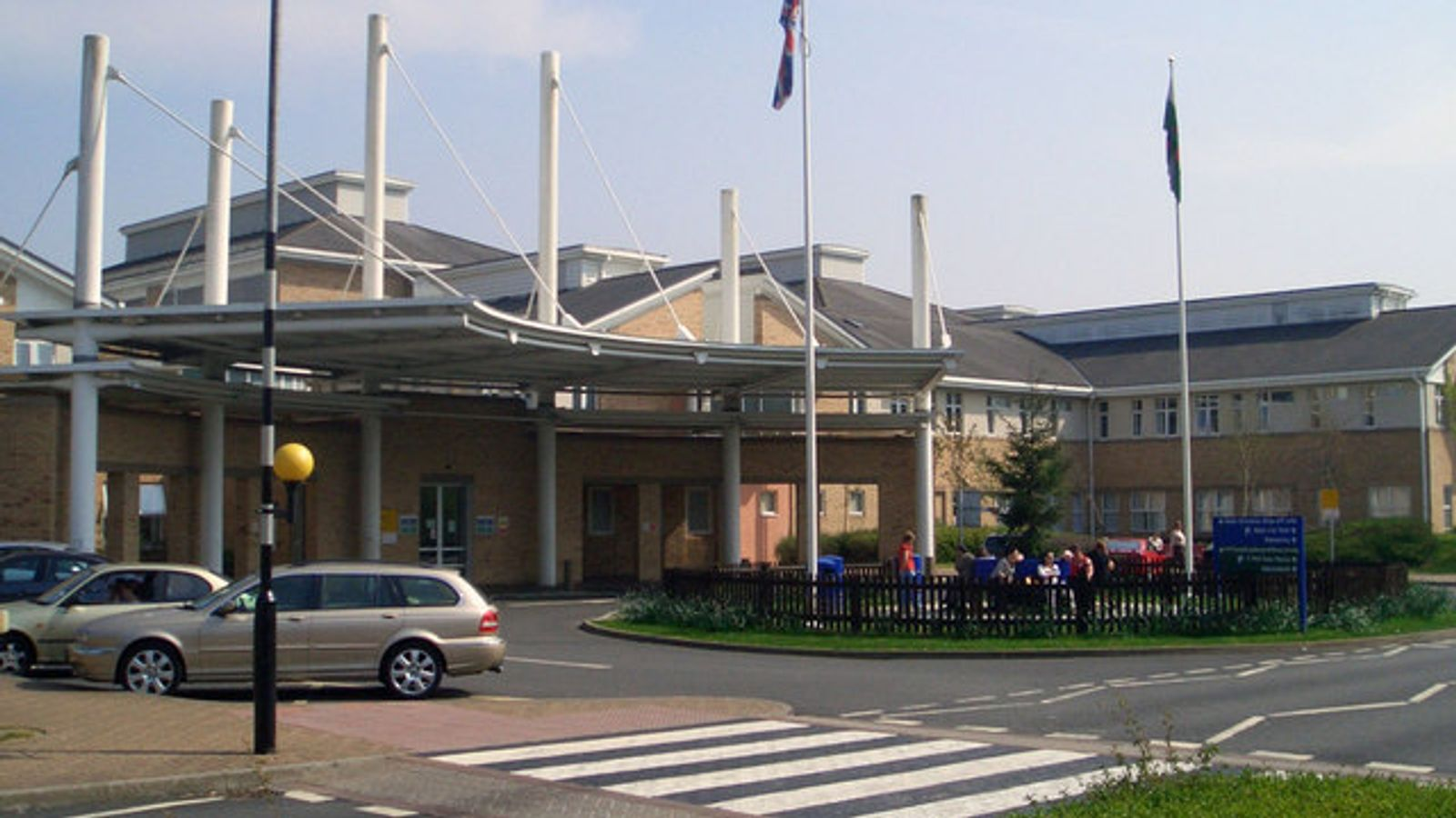 Photo of Welsh hospital reports major coronavirus outbreak with 82 cases