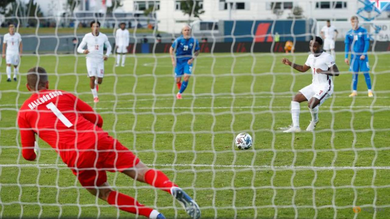 Photo of England scrape win in Iceland after late penalty drama