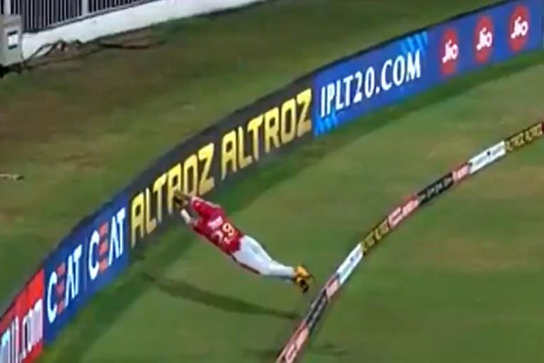Photo of Cricket: Nicholas 'Superman' Pooran wows IPL with 'unbelievable' six save
