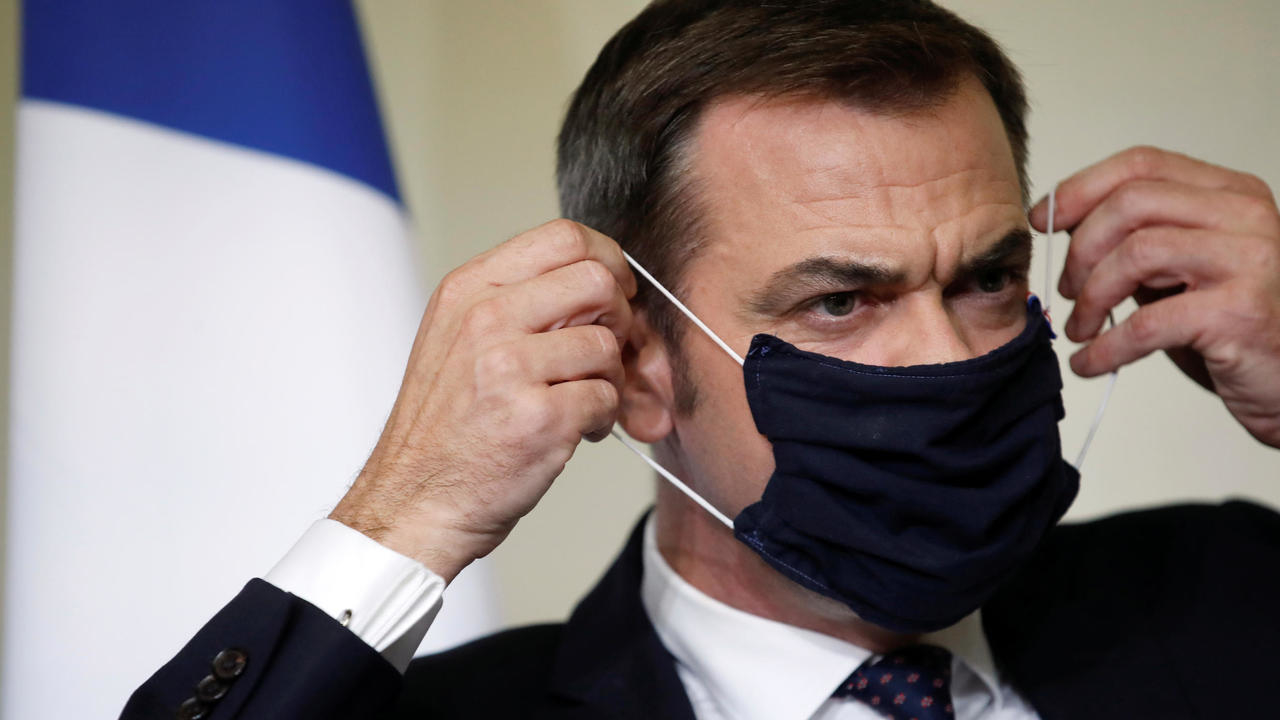 Photo of Paris could face new Covid-19 restrictions from Monday, health minister says