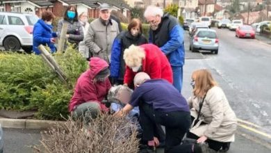 Photo of Coronavirus vaccine horror: Elderly patients forced to queue in freezing cold for HOURS