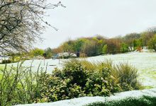 Photo of UK weather: Snow falls on parts of England as cold snap continues